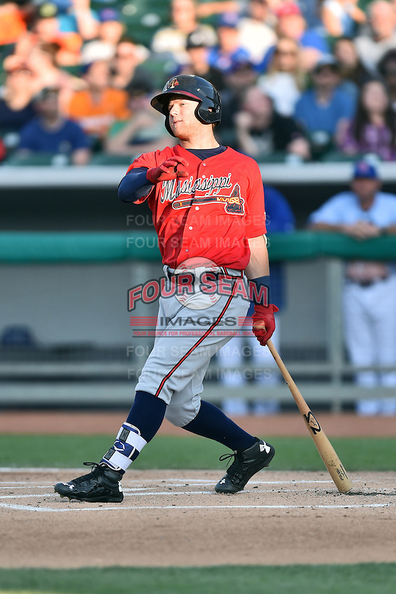 Mississippi Braves left fielder Dustin Peterson (28) swings at a pitch during a game against the Tennessee Smokies at Smokies Stadium on May 7, 2016 in Kodak, Tennessee. The Smokies defeated the Braves 5-3. (Tony Farlow/Four Seam Images)