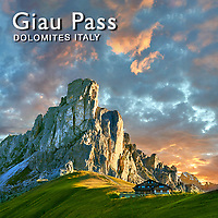 Pictures of Giau Pass or Passo di Giau - Dolomites - Italy Images & Photos
