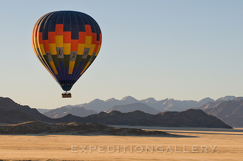 Balloon Safari at sunrise, Sossusvlei, Namibia.
