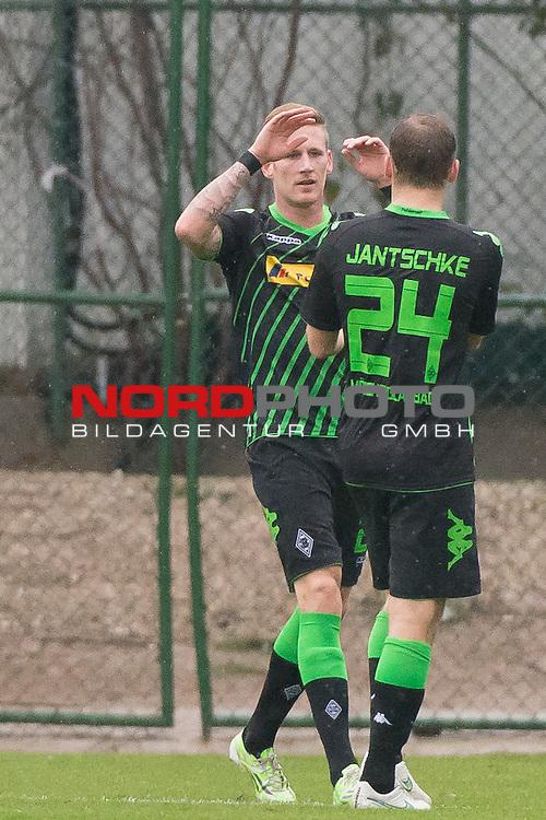 13.01.2015, Regnum Sport Center, Belek, TUR, 1.FBL, FSP Werder Bremen vs Borussia Moenchengladbach , im Bild<br /> <br /> Jubel <br /> Andre Hahn (Borussia M&ouml;nchengladbach) und Tony Jantschke (Borussia M&ouml;nchengladbach)<br /> <br /> Foto &copy; nordphoto / Kokenge