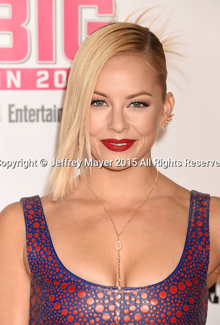 WEST HOLLYWOOD, CA - NOVEMBER 15: Actress Amy Paffrath attends VH1 Big In 2015 With Entertainment Weekly Awards at Pacific Design Center on November 15, 2015 in West Hollywood, California.