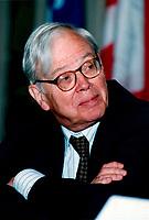 File, Montreal (Quebec) CANADA<br /> <br /> John Newhouse, Economist<br /> Photo (c) 1998, Pierre Roussel/ Images Distribution