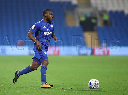 26th September 2017, Cardiff City Stadium, Cardiff, Wales; EFL Championship football, Cardiff City versus Leeds United; Junior Hoilett of Cardiff City with the ball
