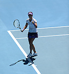 Na Li (CHN) Defeats Maria Sharapova (RUS) 6-2, 6-2