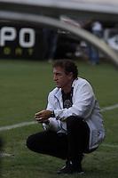 BELO HORIZONTE, MG, 08.12.2013 &ndash; CAMPEONATO BRASILEIRO 2013 &ndash; ATL&Eacute;TICO-MG X VIT&Oacute;RIA Tecnico Cuca do Atl&eacute;tico-MG partida contra o Vit&oacute;ria durante <br /> jogo valido 38 &ordf; rodada Campeonato Brasileiro 2013, no est&aacute;dio Arena Independencia, na tarde deste Domingo (08) <br /> (Foto: Marcos Fialho / Brazil Photo Press)