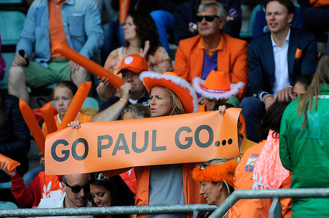 The Hague, Netherlands, June 15: Dutch fans hold up a banner during the field hockey gold match (Men) between Australia and The Netherlands on June 15, 2014 during the World Cup 2014 at Kyocera Stadium in The Hague, Netherlands. Final score 6-1 (2-1)  (Photo by Dirk Markgraf / www.265-images.com) *** Local caption ***