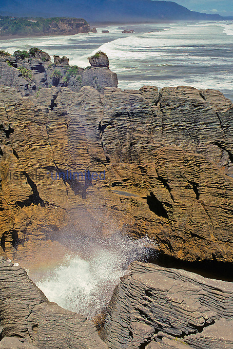 Blowhole at Pancake Rocks. Coastal erosion. Punakaiki, West Coast, New Zealand. Photographer G. R. 'Dick' Roberts © Natural Sciences Image Library.