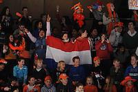 SCHAATSEN: DORDRECHT: Sportboulevard, Korean Air ISU World Cup Finale, 10-02-2012, publiek, shorttrackfans, Nederlandse vlag, ©foto: Martin de Jong
