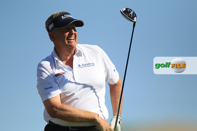 Colin Montgomerie (SCO) on the 3rd tee during the second round at the Abu Dhabi HSBC Golf Championship in the Abu Dhabi golf club, Abu Dhabi, UAE..Picture: Fran Caffrey/www.golffile.ie.