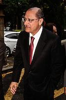 SÃO PAULO, 16 DE JULHO, 2012 - RECURSOS PARA SANTA CASA SP - O governador Geraldo Alckmin durante cerimônia realizada  na manhã dessa segunda-feira, 16,  para a   liberação de recursos para a Santa Casa de São Paulo.  O repasse extra de R$ 5 milhões são destinados para a reforma da enfermaria dos departamentos de cirurgia e clínica médica. Com a obra, o espaço que tem 215 leitos de isolamento e de enfermaria para adultos nos departamentos cirúrgicos e clínicos, ganhará 29 novos leitos, passando a contar com 244 leitos, um aumento de 13,5% do total. FOTO LOLA OLIVEIRA - BRAZIL PHOTO PRESS