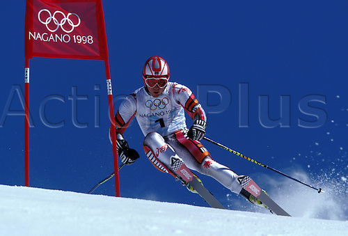 19 February 1998: View of CHRISTIAN MEYER (AUT) competing in the Mens Giant Slalom, Winter Olympic Games, Nagano, Japan. Photo: Neil Tingle/Action Plus...skiing skier snow.980219