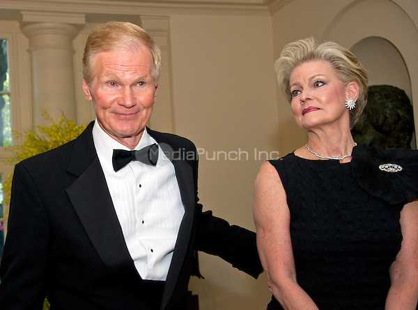 United States Senator Bill Nelson (Democrat of Florida) and Grace Nelson arrive for the State Dinner honoring Prime Minister Lee Hsien Loong of the Republic of Singapore at the White House in Washington, DC on Tuesday, August 2, 2016.<br /> Credit: Ron Sachs / Pool via CNP/MediaPunch