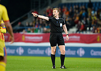 20171020 - LEUVEN , BELGIUM : Norwegian referee Marte Soro  pictured during the female soccer game between the Belgian Red Flames and Romania , the second game in the qualificaton for the World Championship qualification round in group 6 for France 2019, Friday 20 th October 2017 at OHL Stadion Den Dreef in Leuven , Belgium. PHOTO SPORTPIX.BE | DAVID CATRY