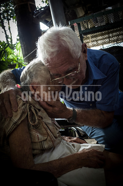 Amelia Obaya and Emilio Ceballo, who fought against the dictatorship of Fulgencio Batista in the 50´s .Once more Cubans are experimenting deep turns in their scattered economy. A photo essay by Lorenzo Moscia with available story by Colette Rodriguez Marcano.