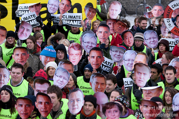 Members of the TckTckTck coalition of more then 15 million people, call climate shame on heads of state at the termination of the Copenhagen Climate Conference. Dec. 18, 2009
