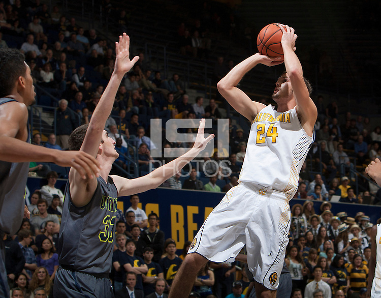 Ricky Kreklow of California shoots the ball during the game against UC Irvine at Haas Pavilion in Berkeley, California on December 2nd, 2013.  California defeated UC Irvine, 73-56.