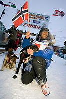 Robert Sorlie @ the Finish w/Lead Dog *Sox* Nome AK 2005 Iditarod Winner