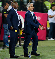 MEDELLÍN - COLOMBIA - 18 - 06 - 2017: Reinaldo Rueda (Der.), técnico de Atletico Nacional y Bernardo Redin (Izq.) asistente tecnico, durante partido de vuelta, de la final entre Atletico Nacional y Deportivo Cali, por la Liga Águila I 2017, jugado en el estadio Atanasio Girardot de la ciudad de Medellín. / Reinaldo Rueda (L), coach of Atletico Nacional and  Bernardo Redin (L), technical assistant, during a match of the second leg of the final between Atletico Nacional and Deportivo Independiente Medellin for the Aguila League I 2017, played at Atanasio Girardot stadium in Medellin city. Photo: VizzorImage / León Monsalve / Cont.