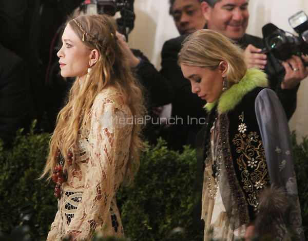 NEW YORK, NY May 01, 2017 Ashley Olsen, Mary Kate Olsen attend  The Metropolitan Museum of Art Costume Institute Benefit Gala for Rei Kawakubo Comme des Garcons at  Metropolitan Museum of Art  in New York May 01,  2017. Credit:RW/MediaPunch