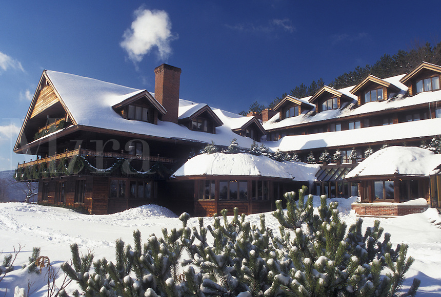 Resort, inn, Vermont, TFL, VT, Trapp Family Lodge, Stowe, snow, winter.