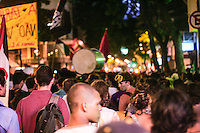 Rio de Janeiro - RJ 10/02/14 -Manifestação contra ao aumento das passagens teve inicio as 18h na candelaria centro do rj.Foto: Nicson Olivier/Brazil Photo Press