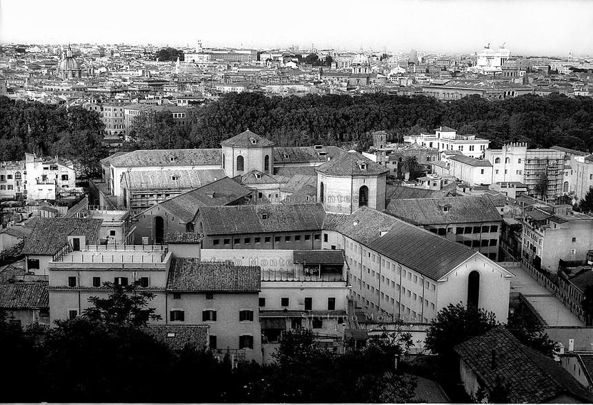 Roma 2000.Panoramica dal Gianicolo  del Carcere di Regina Coeli  . Regina Coeli (Queen of Heaven) Prison