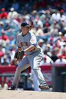 Kevin Slowey of the Minnesota Twins during a 2007 MLB season game against the Los Angeles Angels at Angel Stadium in Anaheim, California. (Larry Goren/Four Seam Images)