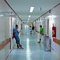 Posto de Assistencia Medica Ambulatorial, AMA no Jardim Pirajussara. Sao Paulo. 2008. Foto de Marcia Minillo.