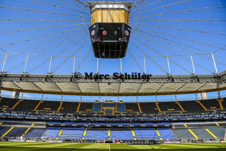 Innenraum der Commerzbank Arena - 16.05.2020, Fussball 1.Bundesliga, 26.Spieltag, Eintracht Frankfurt  - Borussia Moenchengladbach emspor, v.l. Stadionansicht / Ansicht / Arena / Stadion / Innenraum / Innen / Innenansicht / Videowall<br /> <br /> <br /> Foto: Jan Huebner/Pool VIA Marc Schüler/Sportpics.de<br /> <br /> Nur für journalistische Zwecke. Only for editorial use. (DFL/DFB REGULATIONS PROHIBIT ANY USE OF PHOTOGRAPHS as IMAGE SEQUENCES and/or QUASI-VIDEO)