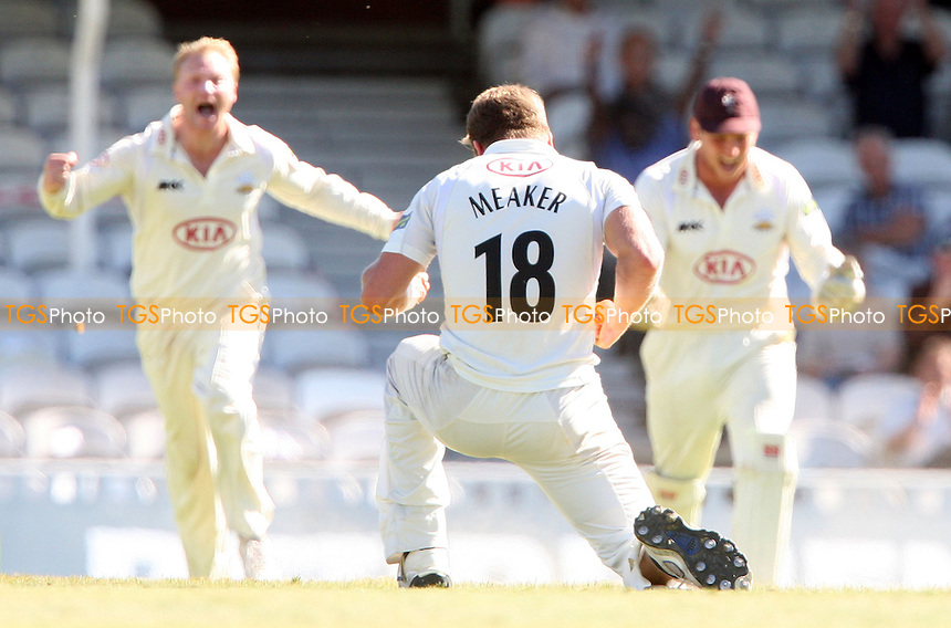 Notts batsman Steven Mullaney is trapped LBW by Surrey bowler Stuart Meaker who celebrates - Surrey CCC vs Nottinghamshire CCC, LV County Championship Division 1 at The Kia Oval, Kennington - 07/09/12 - MANDATORY CREDIT: Rob Newell/TGSPHOTO - Self billing applies where appropriate - 0845 094 6026 - contact@tgsphoto.co.uk - NO UNPAID USE.