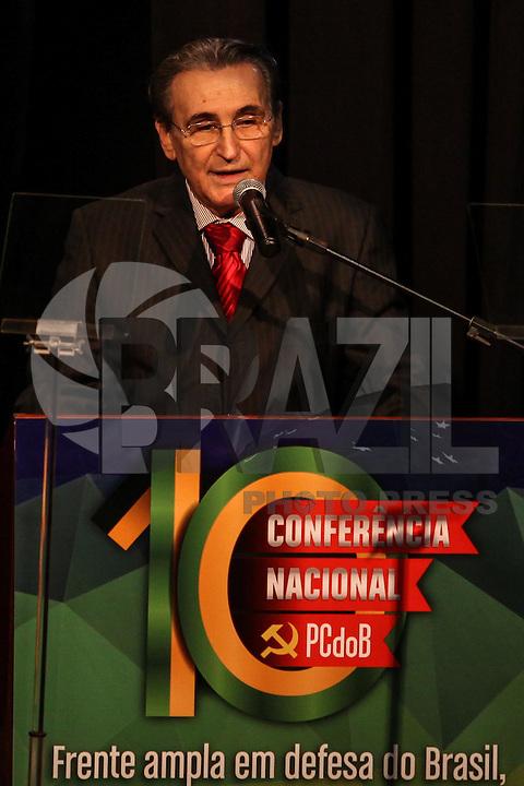 SÃO PAULO, SP - 29.05.2015 - DILMA-SP - Renato Rabelo presidente do PCdoB participa da abertura da 10ª Conferência Nacional do PCdoB, no bairro da Vila Mariana, zona sul de São Paulo, nesta sexta-feira (29). (Foto: Douglas Pingituro/Brazil Photo Press)