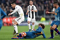 Cristiano Ronaldo of Juventus and Antoine Griezmann of Atletico Madrid  compete for the ball during the Uefa Champions League 2018/2019 round of 16 second leg football match between Juventus and Atletico Madrid at Juventus stadium, Turin, March, 12, 2019 <br />  Foto Andrea Staccioli / Insidefoto