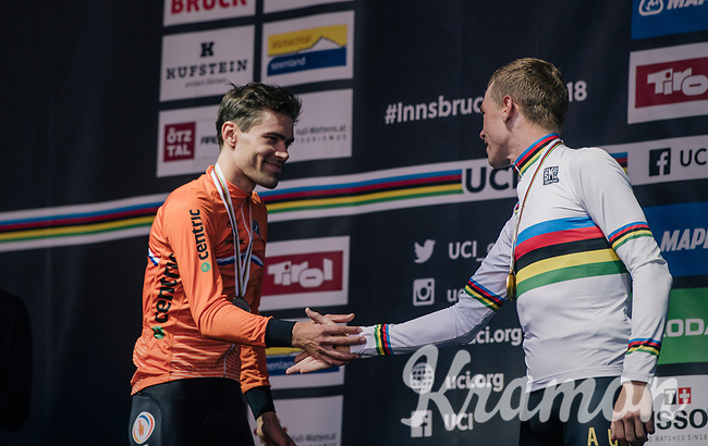 Rohan Dennis (AUS/BMC) is the new TT World Champion<br /> Silver is for defending champion Tom Dumoulin (NED/Sunweb)<br /> & bronze for Victor Campenaerts (BEL/Lotto-Soudal)<br /> <br /> MEN ELITE INDIVIDUAL TIME TRIAL<br /> Hall-Wattens to Innsbruck: 52.5 km<br /> <br /> UCI 2018 Road World Championships<br /> Innsbruck - Tirol / Austria