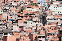SAO PAULO, SP, 30.04.2020: Casos de covid-19 na periferia de Sao Paulo : Os casos confirmados de coronavirus avancaram na periferia da cidade de Sao Paulo. E cresceram  4,7% entre 28/04 e 29/04 segundo o boletim epidemiologico da Secretaria Municipal de Saude. No destaque o bairro de Perus zona Noroeste da cidade de Sao Paulo com mais de 10 mortes confirmadas pela covid - 19. (Foto: Roberto Costa/Codigo 19/Codigo 19)
