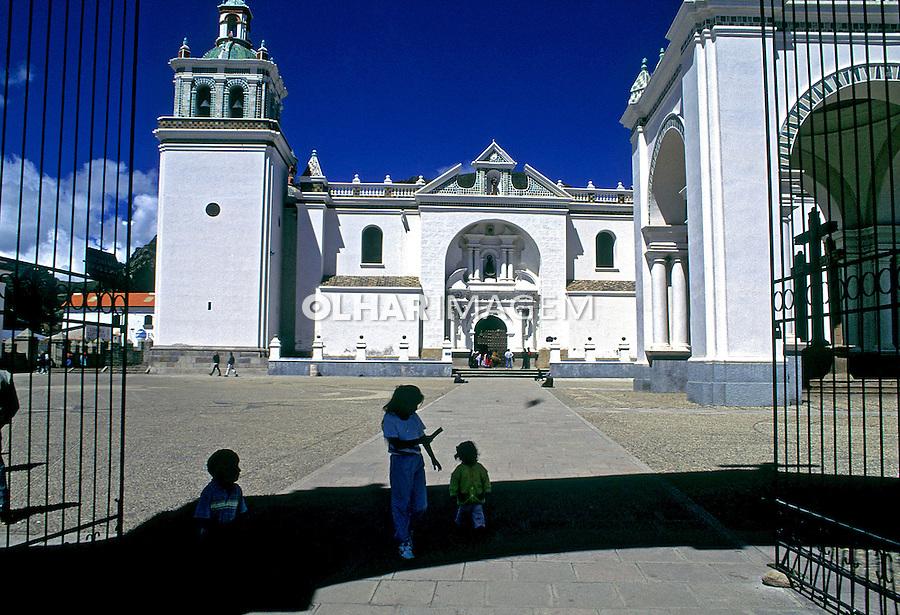 Igreja em Copacabana. Bolivia. Foto de Juca Martins. Data. 1997.