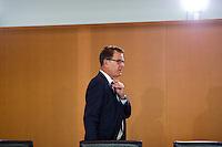 Berlin, Entwicklungshilfeminister Gerd Mueller (CSU) am Mittwoch (17.09.2014) im Bundeskanzleramt vor der Kabinettsitzung. Foto: Steffi Loos/CommonLens