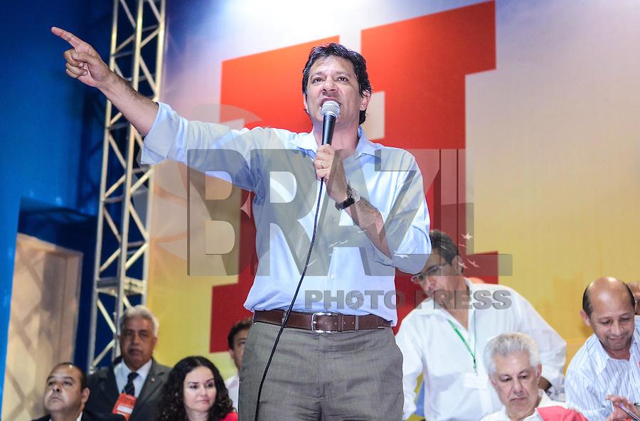ATENÇÃO EDITOR: FOTO EMBARGADA PARA VEÍCULOS INTERNACIONAIS. SAO PAULO, 11 DE SETEMBRO DE 2012 - ELEICOES 2012 HADDAD - Candidato Fernando Haddad durante Plenaria com Sindicalistas, na quadra dos bancarios, regiao central da capital na tarde desta terca feira. FOTO: ALEXANDRE MOREIRA - BRAZIL PHOTO PRESS