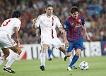 Barcelona's Lionel Messi and AC Milan's Mark van Bommel during Champions League match on september 13th 2011...Photo: Cesar Cebolla / ALFAQUI