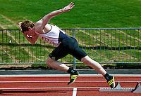 17 MAY 2009 - LOUGHBOROUGH,GBR - Pat Swan - Mens 400m -  Loughborough International Athletics .(PHOTO (C) NIGEL FARROW)