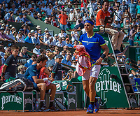 Paris, France, 31 May, 2017, Tennis, French Open, Roland Garros, Rafael Nadal (ESP) is passing  Robin Haase (NED) (L) at changeover <br /> Photo: Henk Koster/tennisimages.com