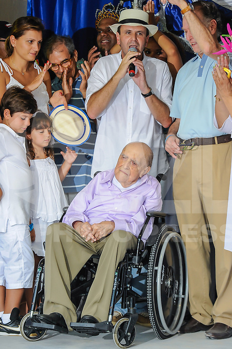 File photo shows from 12/02/2012 architect Oscar Niemeyer during inauguration alongside the mayor of Rio de Janeiro Eduardo Paes reform made ??in Sambodromo Marques de Sapucai. Niemeyer, of 104 years, hospitalized for 33 days at Samaritan Hospital in Botafogo, due to a kidney infection, died on Wednesday (05).(PHOTO: GALICON EMRICH / BRAZIL PHOTO PRESS).