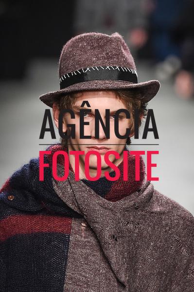 Miharayasuhiro<br /> Paris Masculino- Inverno 2015<br /> <br /> <br /> foto: FOTOSITE