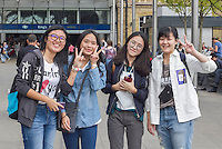 London Streetstyles, Bunch of cool Chinese girls Kings X