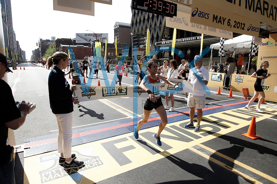 Pittsburgh Marathon 2012..Jared Wickerham/For the Pittsburgh Marathon.