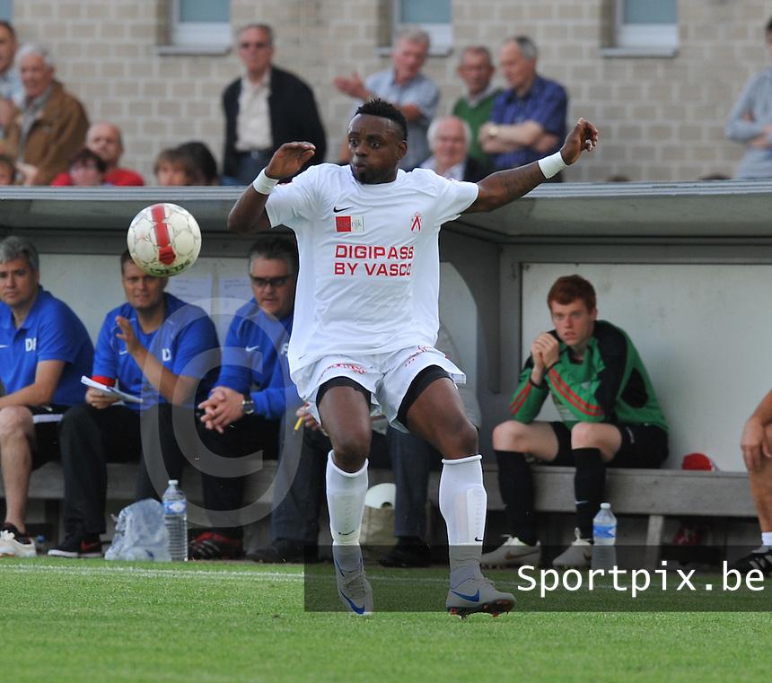 KV Kortrijk : Landry Mulemo.foto VDB / BART VANDENBROUCKE