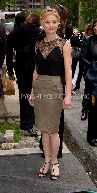 WWW.ACEPIXS.COM . . . . .  ....May 16, 2006, New York City....Actress Emilie de Ravin arriving at the ABC 2006-2007..Upfronts.....Please byline: AJ Sokalner - ACEPIXS.COM.... *** ***..Ace Pictures, Inc:  ..(212) 243-8787 or (646) 769 0430..e-mail: picturedesk@acepixs.com..web: http://www.acepixs.com