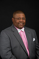 Coach Singletary has his headshot taken on September 20, 2017. (Photo by Andrew Snyder)