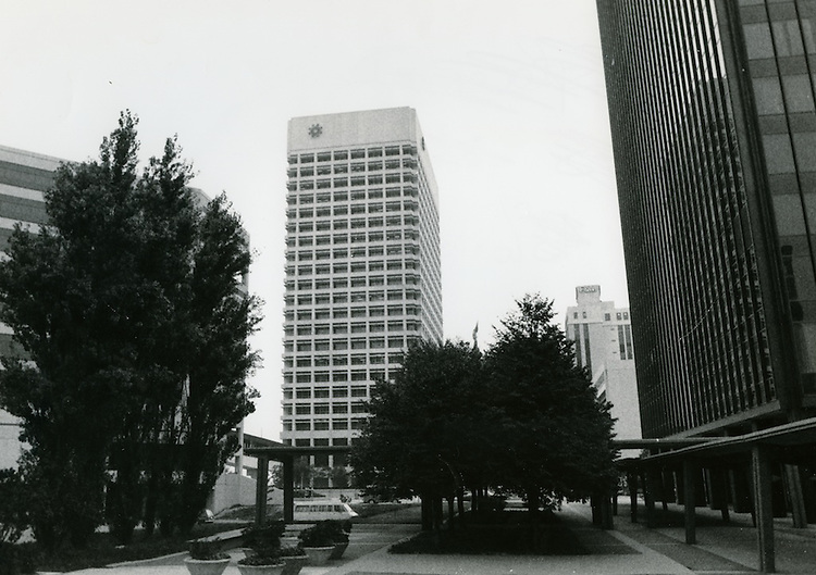 UNDATED..         .Downtown Financial District...NEG#..