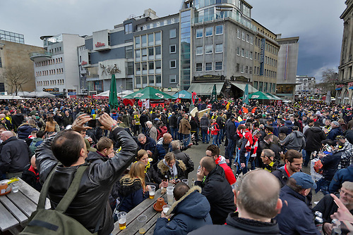 07.04.2016. Dortmund, Germany. Europa League quarterfinal. Borussia Dortmund versus Liverpool FC at the Signal Iduna Park Dortmund.  Supporters of Borussia and FC Liverpool celebrate together in the Dortmund Inner city