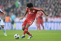 FUSSBALL  CHAMPIONS LEAGUE  VIERTELFINALE  HINSPIEL  2012/2013      FC Bayern Muenchen - Juventus Turin       02.04.2013 Dante (FC Bayern Muenchen) Einzelaktion am Ball